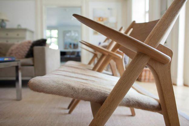 Chaises en fourrure, décoration intérieure
