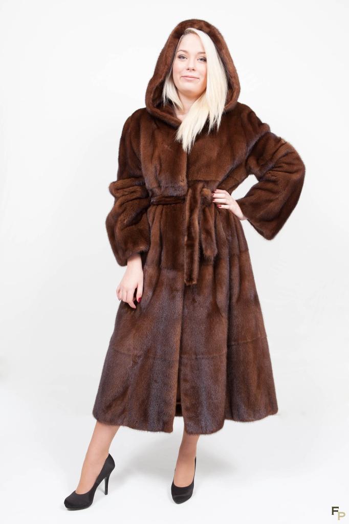 Manteau Vison avec Capuche