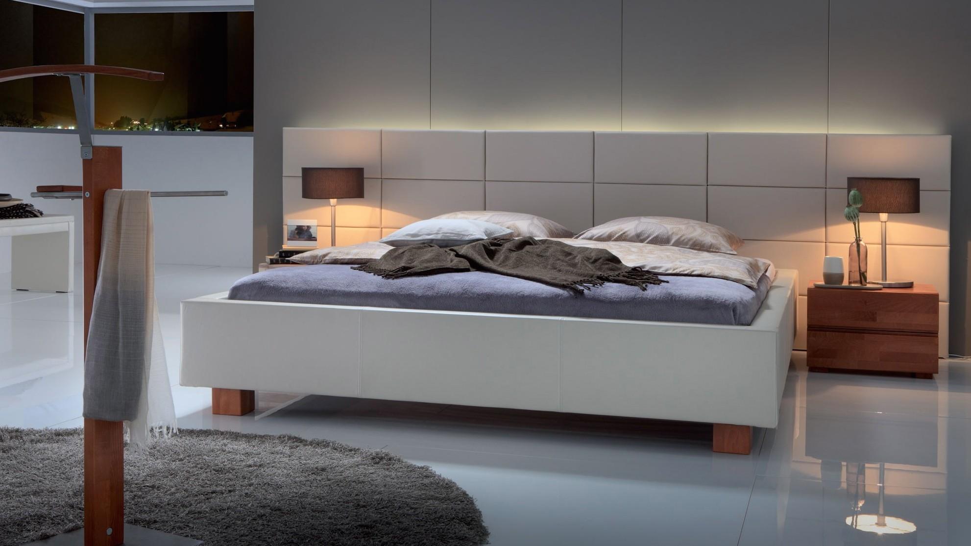 Comment rendre un int rieur chaleureux en ajoutant un peu de fourrure - Castorama tete de lit ...