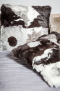 Coussin en Patchwork Gris de Fourrure de Lapin Long Hair