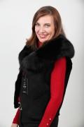 Short Sleevless Vest in Fox Fur and Lamb