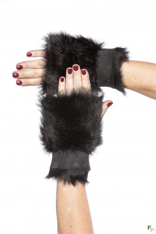 Mittens in Black Toscano Lamb Fur