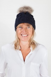 Wool Hat With Pompom in Fox Fur Colour Navy Blue