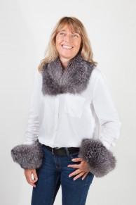 Cuff and Collar Set in Silver Fox