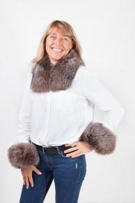 Cuff and Collar Set in Brown Fox Fur