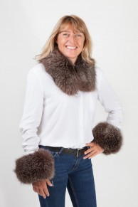 Cuff and Collar Set in Dark Brown Fox Fur