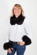 Cuff and Collar Set in Black Fox